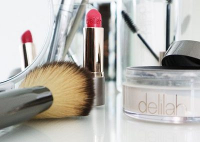 Delilah make-up